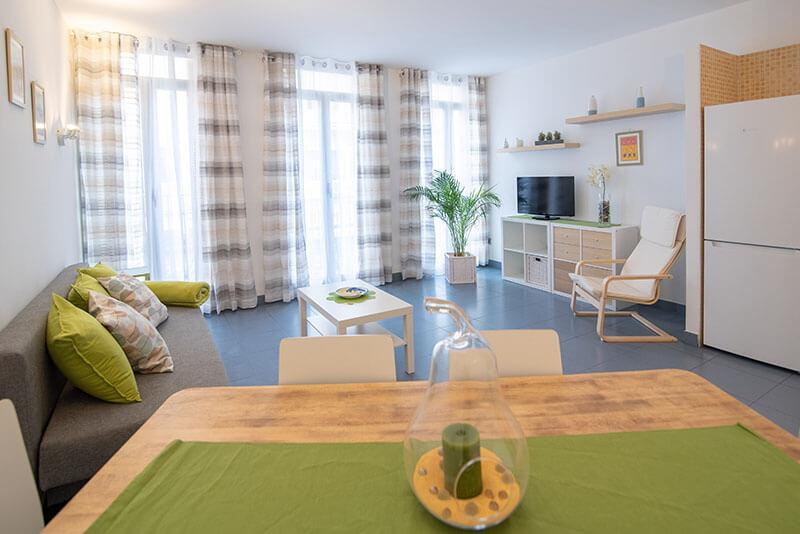 Apartamento White - Hogar Vera Valencia